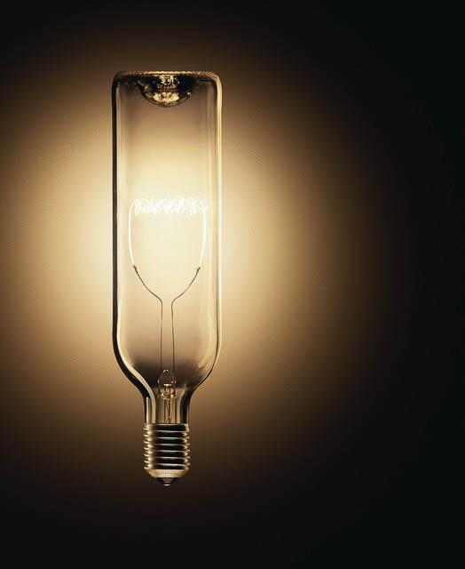 Incandescent light bulb - Still life photography